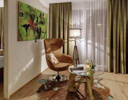 Amedia Luxury Suites - Leuchtende Hotel Fotografie von T. Haberland