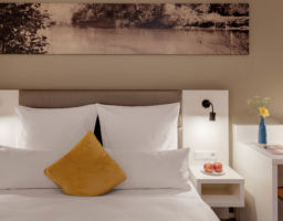 Amper Art Fürstenfeldbruck - Luminous Hotel Photography by T. Haberland
